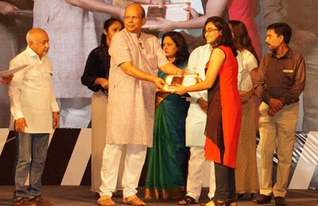 Felicitation of 10th, 12th standard student achievers at the Ganesh Festival at the hands of Mr. Satish Magar